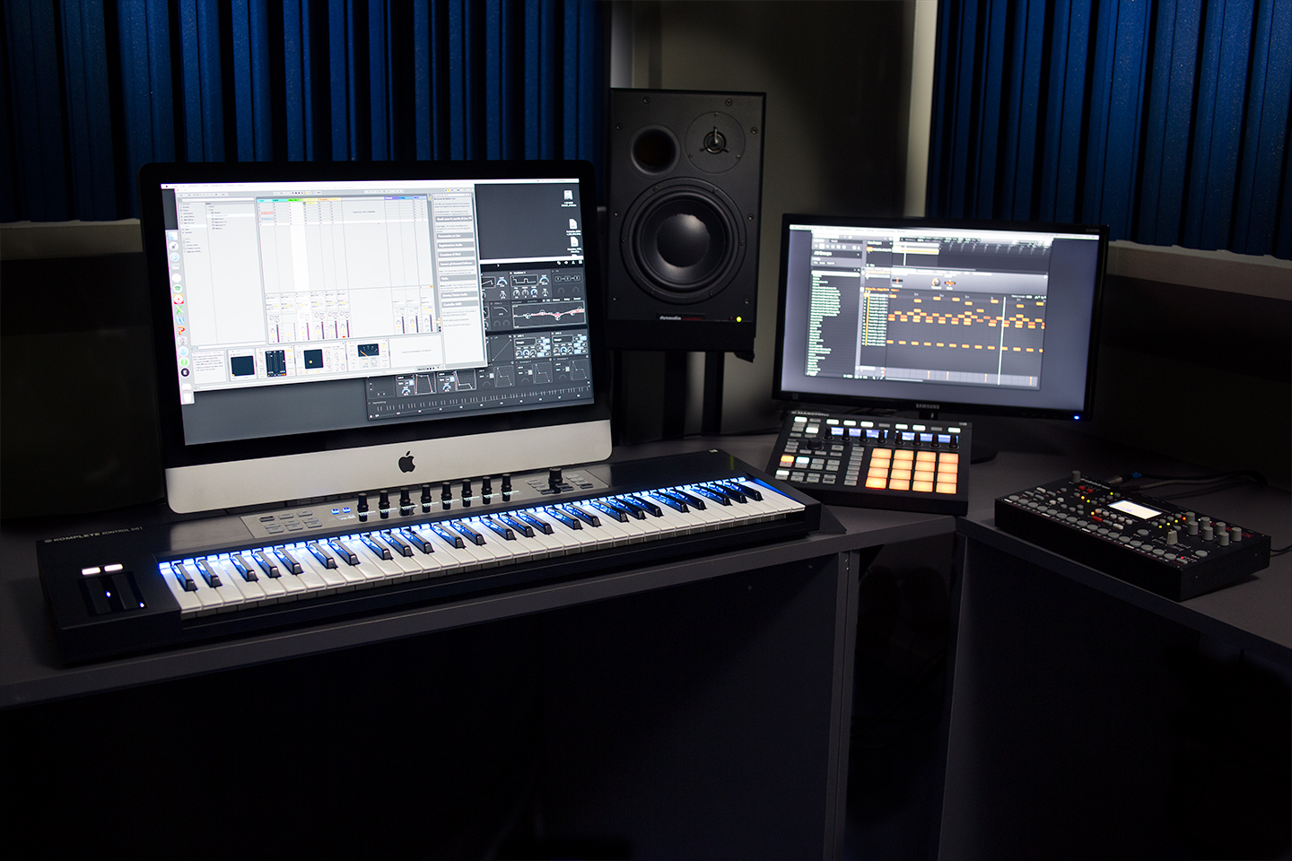 Workstation con Ableton Live e Maschine